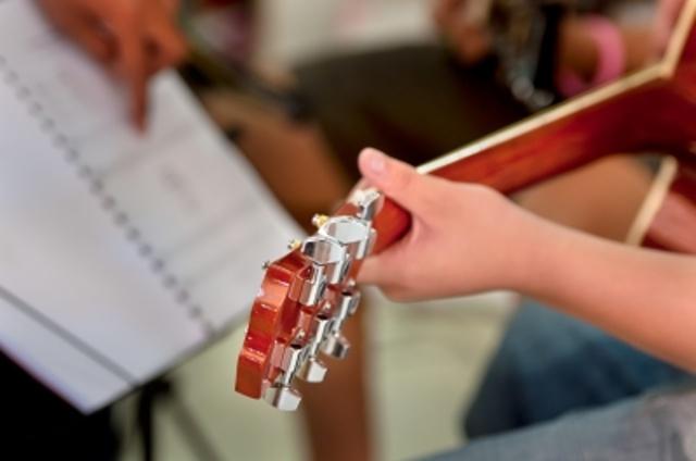 hra na hudobny nastroj