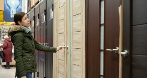 Výber interiérových dverí môže byť vcelku jednoduchý. Ako na to?